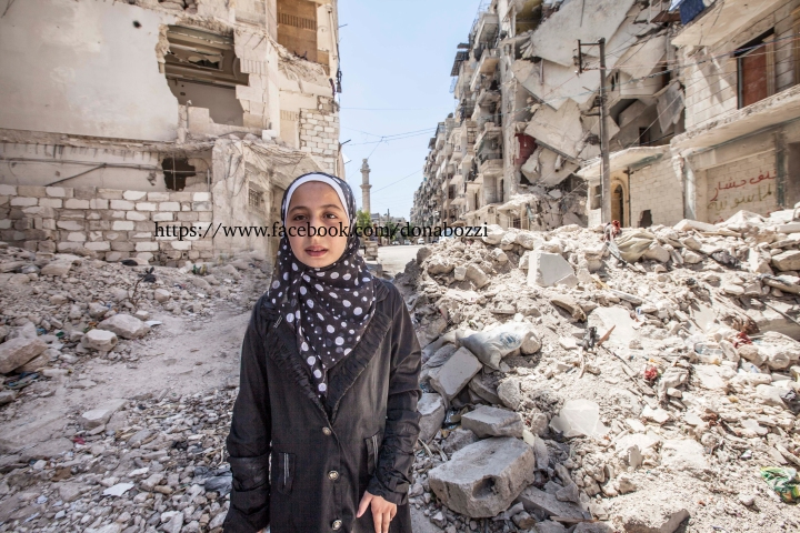 aleppo girls An eight-year-old syrian girl who drew global attention with her twitter updates from the besieged syrian city of aleppo was named one of the most influential people on the internet by time magazine.